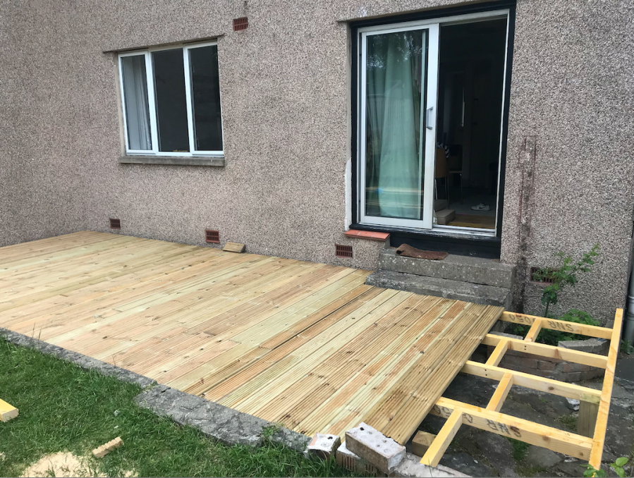 decking in edinburgh